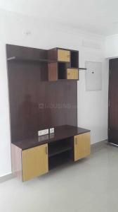 Gallery Cover Image of 1300 Sq.ft 2 BHK Apartment for rent in Thoraipakkam for 30000