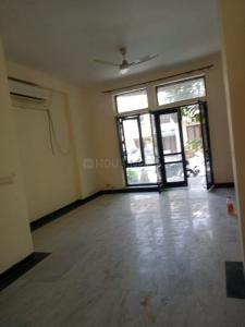 Gallery Cover Image of 2000 Sq.ft 3 BHK Villa for rent in Unitech Nirvana Country, Sector 50 for 45000