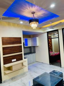 Gallery Cover Image of 900 Sq.ft 3 BHK Apartment for buy in Pristine Homes, Noida Extension for 3600001