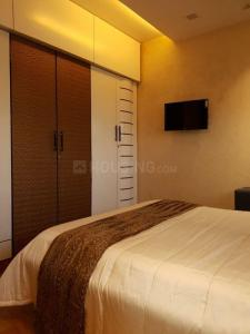 Gallery Cover Image of 612 Sq.ft 1 BHK Apartment for rent in Worli for 70000
