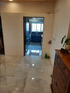 Gallery Cover Image of 1100 Sq.ft 2 BHK Apartment for rent in Andheri Panchvati CHS, Andheri West for 84500