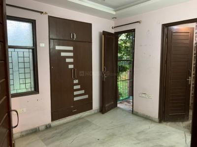 Gallery Cover Image of 1150 Sq.ft 3 BHK Independent Floor for buy in Ramesh Nagar for 12500000