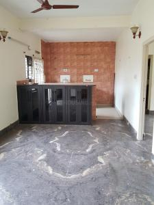 Gallery Cover Image of 2200 Sq.ft 3 BHK Apartment for rent in Hiland Woods, New Town for 27000