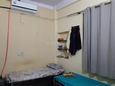 Bedroom Image of Premji PG in Pitampura