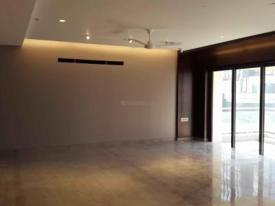 Gallery Cover Image of 5587 Sq.ft 4 BHK Apartment for rent in Bandra East for 600000