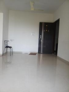 Gallery Cover Image of 700 Sq.ft 1 BHK Apartment for rent in Vardhaman Gawand Baug, Thane West for 18000