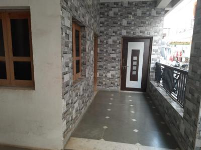 Gallery Cover Image of 1000 Sq.ft 2 BHK Independent House for rent in Chanakyapuri for 10500