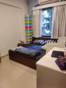 Gallery Cover Image of 650 Sq.ft 1 BHK Apartment for rent in Malabar Hill for 62000