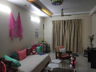 Gallery Cover Image of 1900 Sq.ft 3 BHK Independent House for rent in Janakpuri for 45000