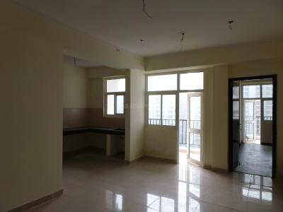 Gallery Cover Image of 1050 Sq.ft 2 BHK Apartment for buy in Crossings Republik for 4100000