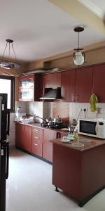Gallery Cover Image of 1850 Sq.ft 3 BHK Apartment for rent in Shipra Srishti, Ahinsa Khand for 25000