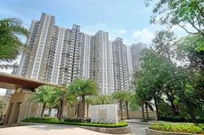 Gallery Cover Image of 472 Sq.ft 1 BHK Apartment for buy in Thane West for 7500000