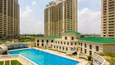 Gallery Cover Image of 3200 Sq.ft 4 BHK Apartment for buy in Sector 150 for 25000000