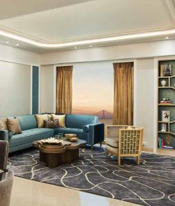 Gallery Cover Image of 2821 Sq.ft 3 BHK Apartment for buy in Lodha World One, Lower Parel for 79900000