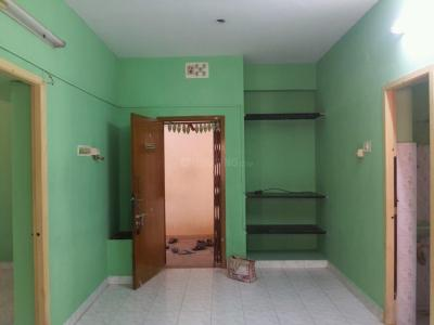 Gallery Cover Image of 950 Sq.ft 2 BHK Apartment for rent in Maduravoyal for 9000