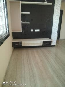 Gallery Cover Image of 1000 Sq.ft 2 BHK Apartment for rent in Kothaguda for 14000