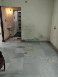 Gallery Cover Image of 600 Sq.ft 2 BHK Apartment for buy in West Mambalam for 4400000