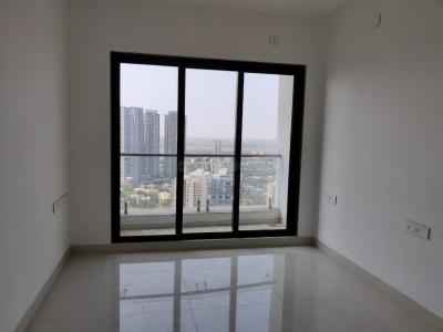 Gallery Cover Image of 1350 Sq.ft 3 BHK Apartment for rent in Sunteck City Avenue 1, Goregaon West for 60000