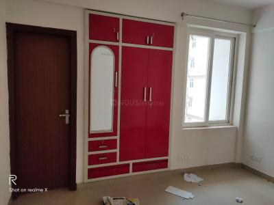 Gallery Cover Image of 1285 Sq.ft 3 BHK Apartment for rent in Sector 37D for 16000