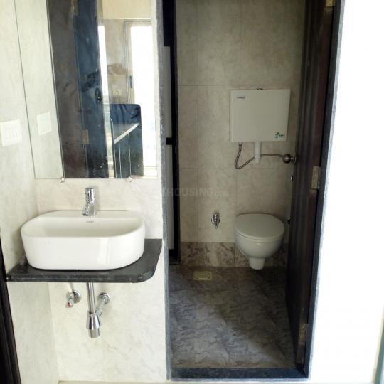 Bathroom Image of 707 Sq.ft 1 BHK Apartment for rent in Kalyan West for 10000