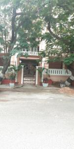 Gallery Cover Image of 1850 Sq.ft 3 BHK Apartment for rent in Besant Nagar for 40000