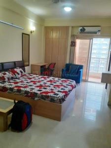 Gallery Cover Image of 535 Sq.ft 1 RK Apartment for rent in Supertech Eco Suites, Sector 137 for 11000