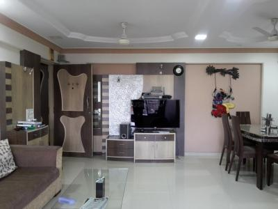 Gallery Cover Image of 1250 Sq.ft 2 BHK Apartment for rent in Borivali West for 36000