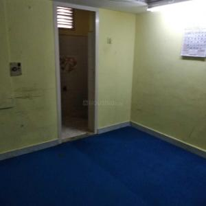 Gallery Cover Image of 750 Sq.ft 2 BHK Apartment for rent in Shenoy Nagar for 25000