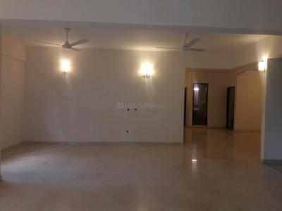 Gallery Cover Image of 2700 Sq.ft 3 BHK Apartment for rent in Ulsoor for 130000