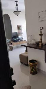 Gallery Cover Image of 1100 Sq.ft 2 BHK Apartment for rent in Malad West for 46000