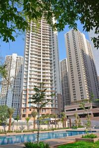 Gallery Cover Image of 650 Sq.ft 1 BHK Apartment for buy in Indiabulls Greens, Kon for 5200000