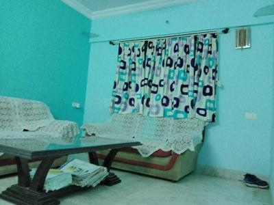 Gallery Cover Image of 750 Sq.ft 1 BHK Apartment for rent in Mantri Park, Goregaon East for 25000
