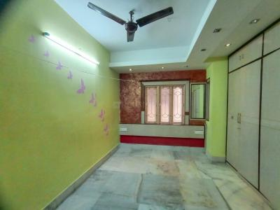 Gallery Cover Image of 1405 Sq.ft 3 BHK Apartment for buy in South Dum Dum for 4200000
