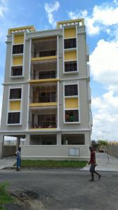 Gallery Cover Image of 1100 Sq.ft 3 BHK Apartment for rent in Keshtopur for 15000