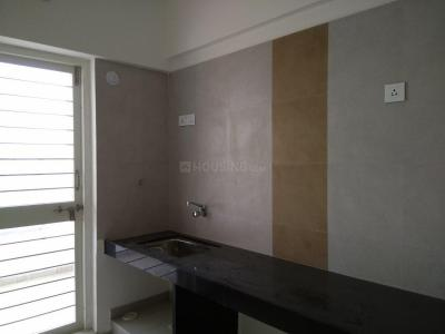 Gallery Cover Image of 970 Sq.ft 2 BHK Apartment for rent in Charholi Budruk for 12000