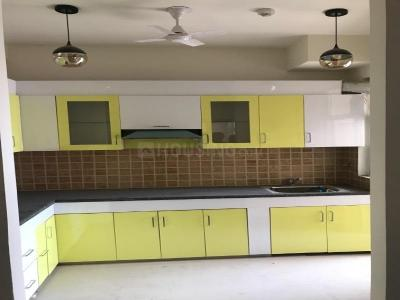 Gallery Cover Image of 1100 Sq.ft 2 BHK Apartment for rent in Mahagun Mywoods, Noida Extension for 8000