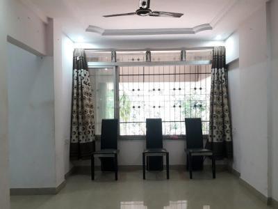 बोरीवली ईस्ट  में 13500000  खरीदें  के लिए 840 Sq.ft 2 BHK इंडिपेंडेंट हाउस के लिविंग रूम  की तस्वीर