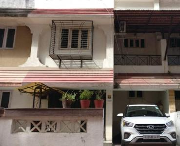 Gallery Cover Image of 1890 Sq.ft 3 BHK Independent House for buy in Althan for 11500000