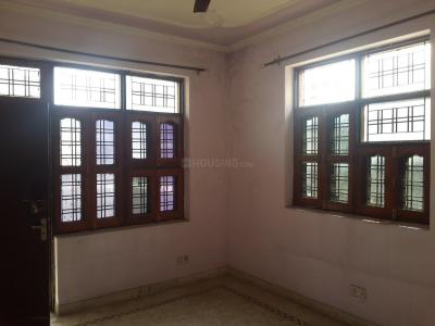 Gallery Cover Image of 900 Sq.ft 2 BHK Independent Floor for rent in Sector 22 for 19000