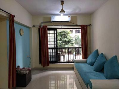Gallery Cover Image of 650 Sq.ft 1 BHK Apartment for buy in Palm Court, Malad West for 12500000