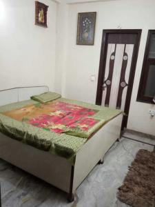 Gallery Cover Image of 950 Sq.ft 3 BHK Independent Floor for rent in Shahdara for 14500