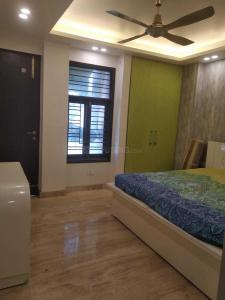 Gallery Cover Image of 327 Sq.ft 1 RK Independent Floor for rent in DLF  Apartment, Moti Nagar for 15000