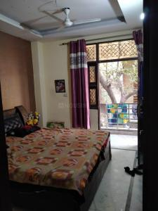 Gallery Cover Image of 900 Sq.ft 3 BHK Apartment for rent in Laxmi Nagar for 25000