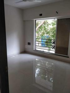 Gallery Cover Image of 575 Sq.ft 1 BHK Apartment for buy in Kandivali West for 9500000