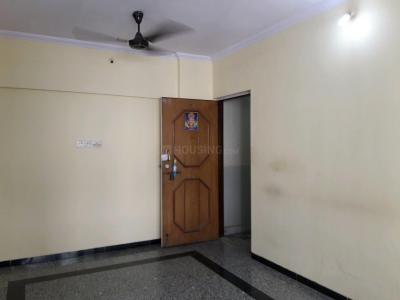 Gallery Cover Image of 575 Sq.ft 1 BHK Apartment for rent in Malad East for 26000