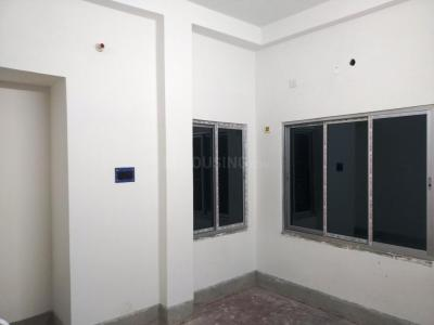 Gallery Cover Image of 600 Sq.ft 2 BHK Apartment for rent in Paschim Putiary for 6000
