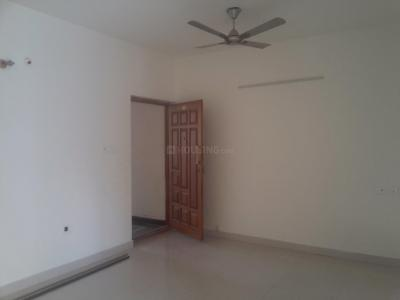 Gallery Cover Image of 1200 Sq.ft 2 BHK Apartment for rent in MDM Paradise, Kammanahalli for 25000