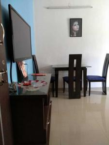 Gallery Cover Image of 715 Sq.ft 1 BHK Apartment for rent in Kamanwala Manavsthal, Malad West for 28000