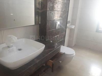 Gallery Cover Image of 1800 Sq.ft 3 BHK Independent Floor for buy in Surajmal Vihar for 30000000