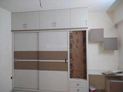 Gallery Cover Image of 1800 Sq.ft 3 BHK Apartment for rent in Hafeezpet for 32000